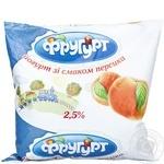Yogurt Frugurt peach 2.5% 400g sachet Ukraine