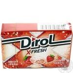 Жевательная резинка Dirol X-fresh клубничная свежесть 18г