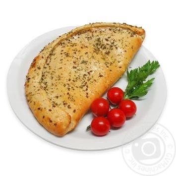 Пицца Кальцоне с салями и томатами 400г