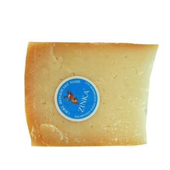 Сыр Zinka козиный твердый выдержаный в натуральной оболочке