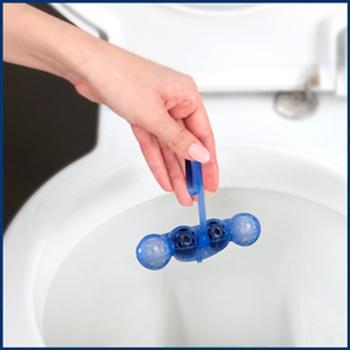 Блок для унитаза Bref Цветная вода Хлор-компонент 100г - купить, цены на Метро - фото 2