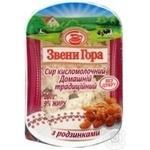 Сир кисломолочний 9% з родзинками Домашній традиц. Звенигора 200г