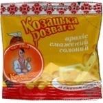Snack peanuts Kozatska slava with taste of cheese salt 35g Ukraine