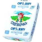 Сир Слов'яночка кисломолочний 5% 200г Україна - купити, ціни на Фуршет - фото 1