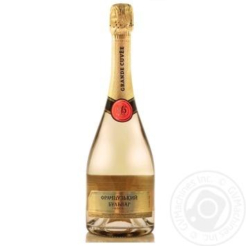 Вино игристое Французский бульвар Gold белое сладкое 750мл