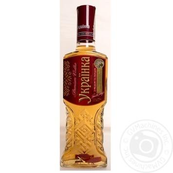 Vodka Zolota amfora pepper 40% 500ml glass bottle Ukraine