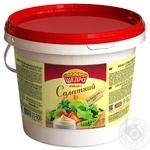 Майонезный соус Щедро Салатный 30% 900г