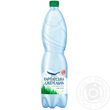 Вода Карпатская Джерельна слабогазированная 1,5л - купить, цены на МегаМаркет - фото 1