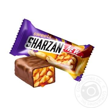 Lukas sharzan Candy