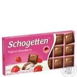 Schogetten yougurt-strawberry milk chocolate 100g