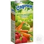 Сок Садочок яблочно-морковно-клубничный 0,95л