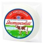 Сыр Яготинский Адыгейский мягкий 45%
