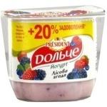 Yogurt Dolce with berries 3.2% 120g Ukraine