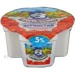 Творог Простоквашино зернистый кисломолочный клубника 4% 150г Украина