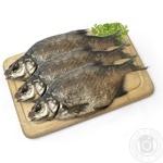 Рыба лещ вяленая