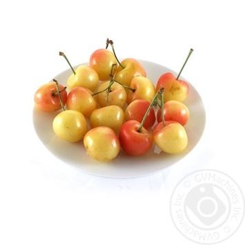 Фрукт черешня желтая свежая