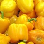 Овощи перец желтая свежая