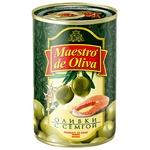 Оливки зеленые Maestro de Oliva с семгой 300г