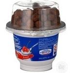 Йогурт Живинка з шоколадними кульками вишня 155г