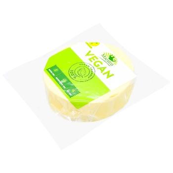 Сыр Maestro Веган брикет 250г - купить, цены на Метро - фото 1