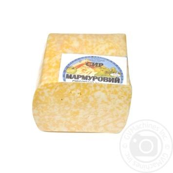 Сыр ЗАТ Молоко Мраморный твердый 40% Украина