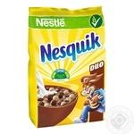 Готовый сухой завтрак Nesquik Duo с витаминами и минералами 460г - купить, цены на МегаМаркет - фото 1