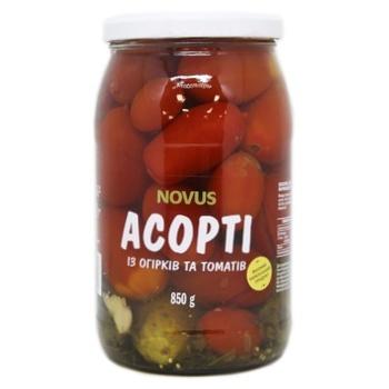 Асорті огірків і томатів Novus мариновані 850г - купити, ціни на Novus - фото 1