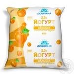 Yogurt Dobrynya apricot with fruit pieces 2.5% 450g sachet Ukraine