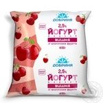 Yogurt Dobrynya cherry with fruit pieces 2.5% 450g sachet Ukraine