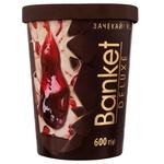 Мороженое Banket Лакомка вишня 600г