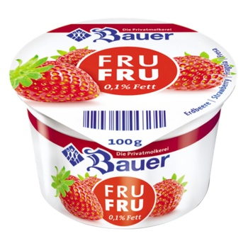 Йогурт Bauer Fru Fru Клубника 0,1% 100г