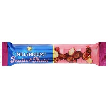 Батончик шоколадный Millennium Fruits&Nuts орехи с ягодами 35г - купить, цены на ЕКО Маркет - фото 1