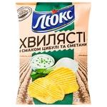 Чіпси Люкс Хвилясті картопляні зі смаком цибулі та сметани 125г