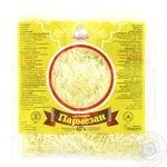 Сыр твердый Добряна Пармезан тертый 40% 150г
