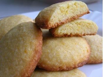 Кукурудзяно-лимонне печиво