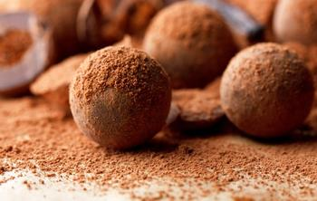 Шоколадні трюфелі в какао