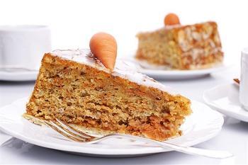 Морквяний пиріг з мигдалем