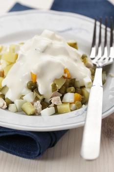 Салат из картофеля с огурцами