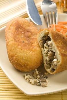 Картопляні пиріжки з грибами