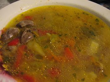 Суп із курячих шлуночків із перловкою