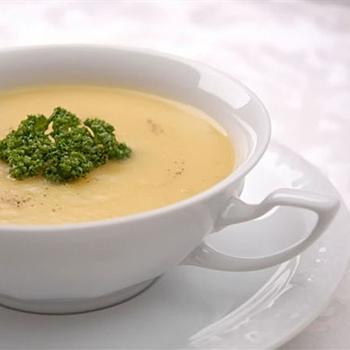 Суп молочний з гарбузом і манною крупою