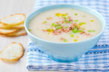 Картопляний суп із шинкою