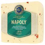 Сыр Клуб Сыра Неаполитанский с томатом, паприкой и базиликом 50% весовой