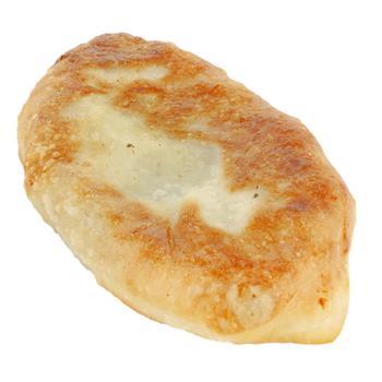 Пирожок с горохом - купить, цены на Ашан - фото 1