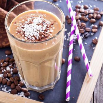 Шоколадно-миндальный смузи