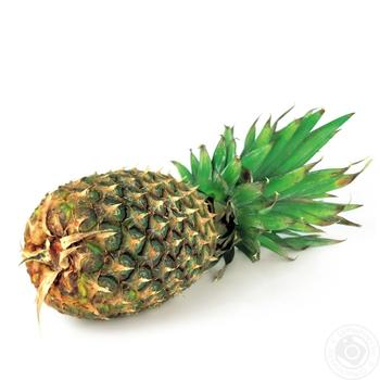 Fruit pineapple fresh