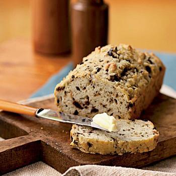 Хліб з оливками і часником