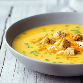 Суп із цибулею та сиром