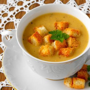 Суп-пюре із квасолі з часником