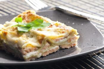 Лазанья із лососем та шпинатом